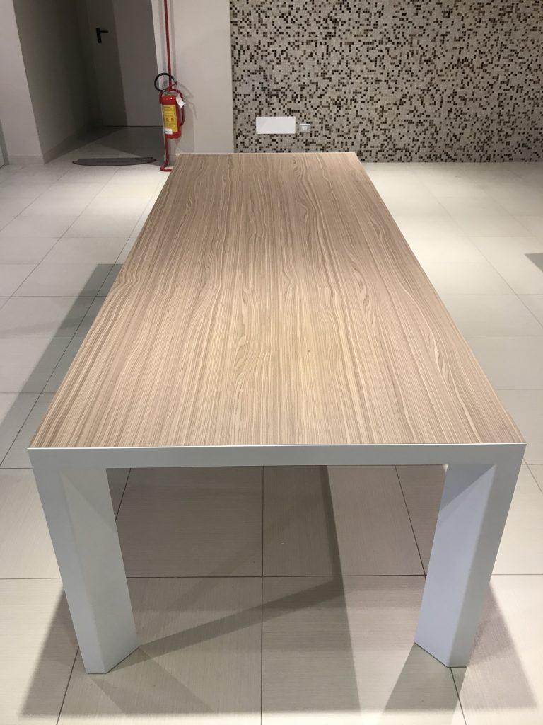 calligaris-tavolo-lam-grossano1
