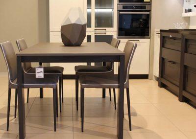 bontempi-tavolo-sedie-grossano-complementi