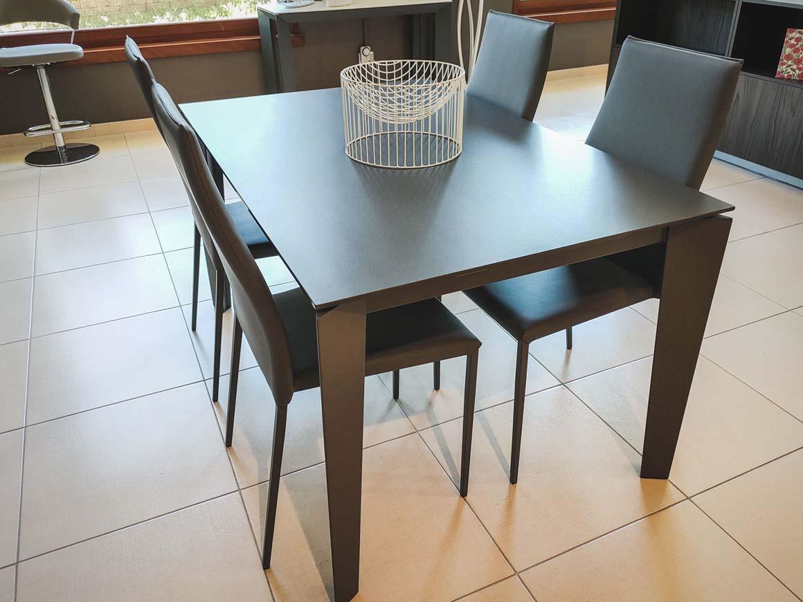 tavolo-cruz-e-sedia-tai-bontempi-grossano-arredamento