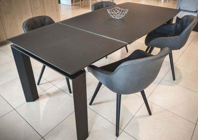 tavolo-moving-e-sedie-igloo-calligaris-grossano-arredamento